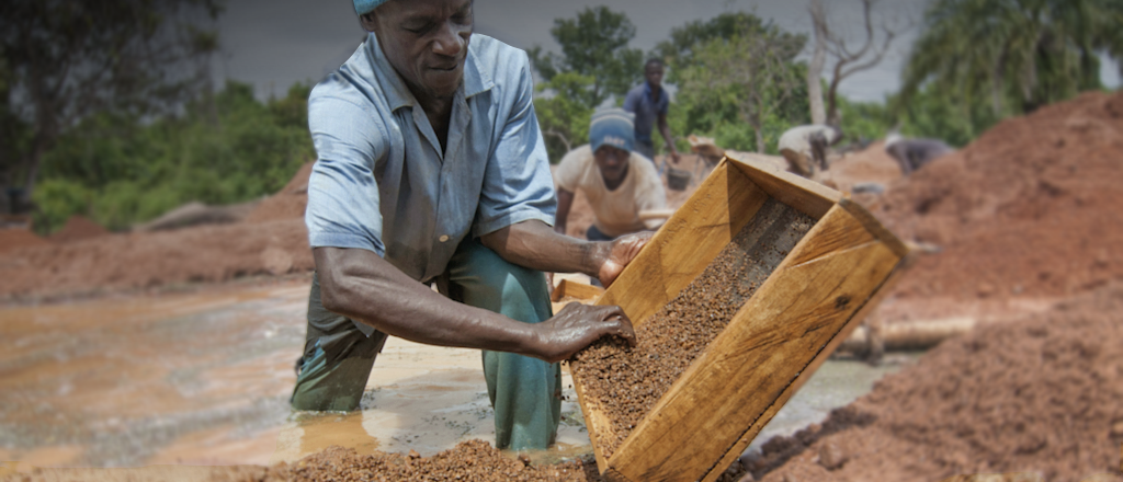 Artisanal diamond mining in Guinea
